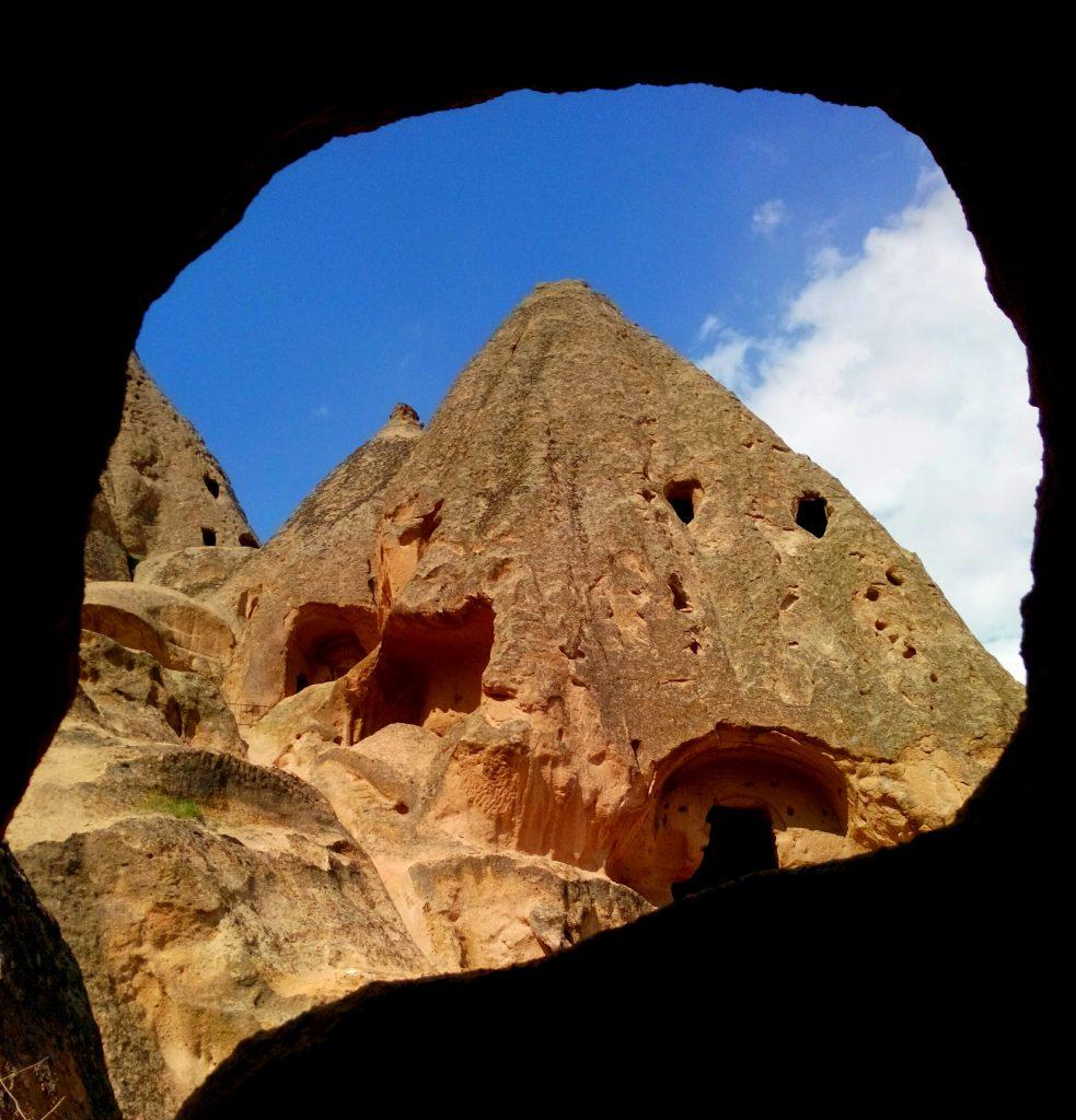 Biserică rupestră în Cappadocia
