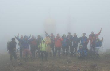 Un grup fericit, după o ascensiune reușită.