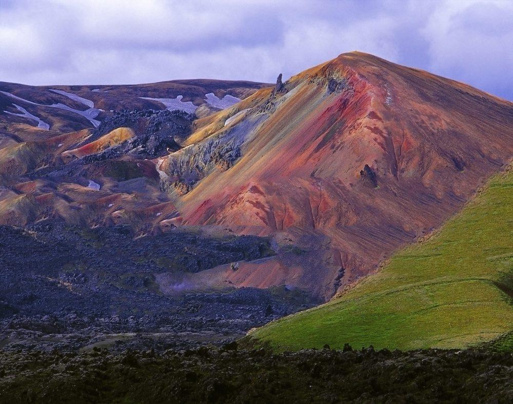 Landmannalaugar este o zonă preferată pentru hiking;.