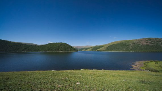 Naiman Nuur Lake