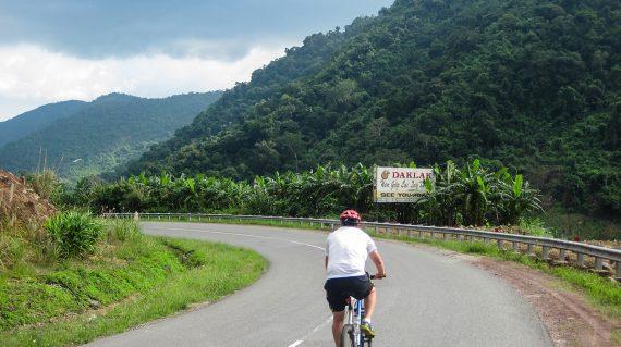 Cu bicicleta prin Vietnam