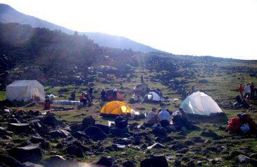 Prima tabără de pe Ararat
