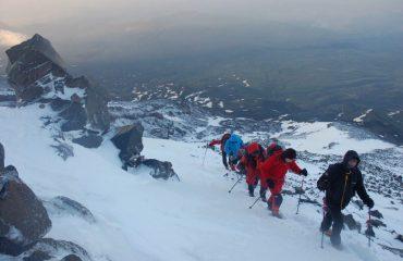 Aproape de vârful muntelui Ararat