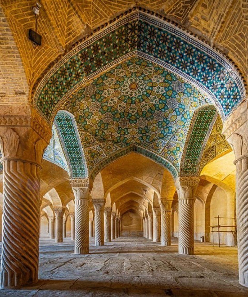 Moscheea Vakil