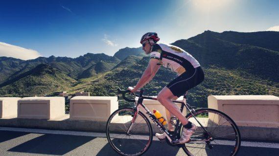 Cu bicicleta prin muntii Anaga