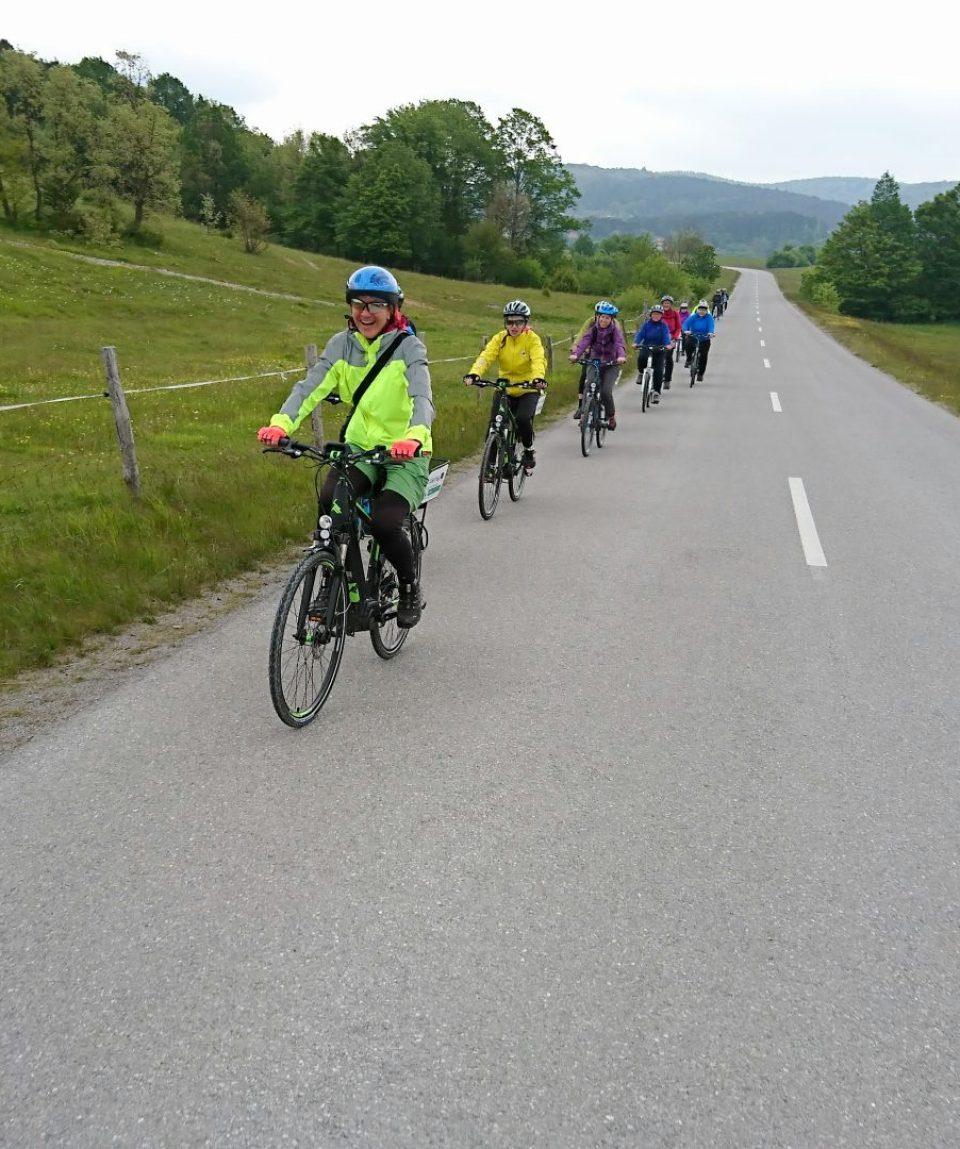 Cu bicicleta în Slovenia - Pedalând pe drum