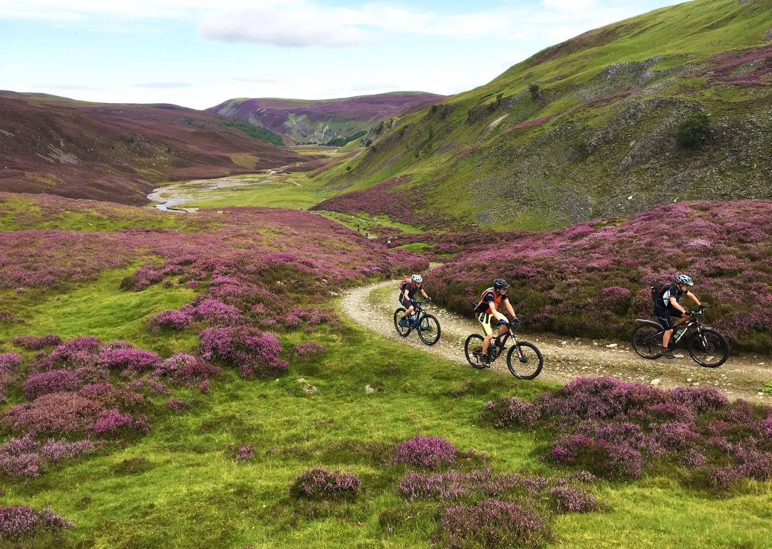 Scoția pe bicicletă - pedalând prin vale