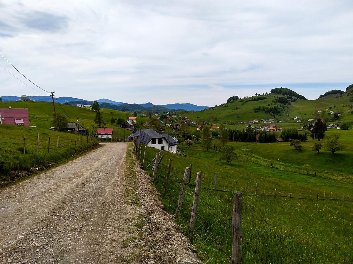 Peisaj în satul Șirnea