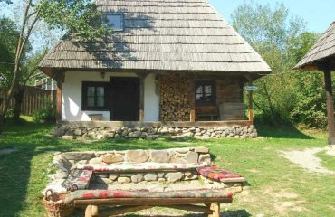Where-to-stay-in-Breb-Maramures-Romania-The-Village-Hotel